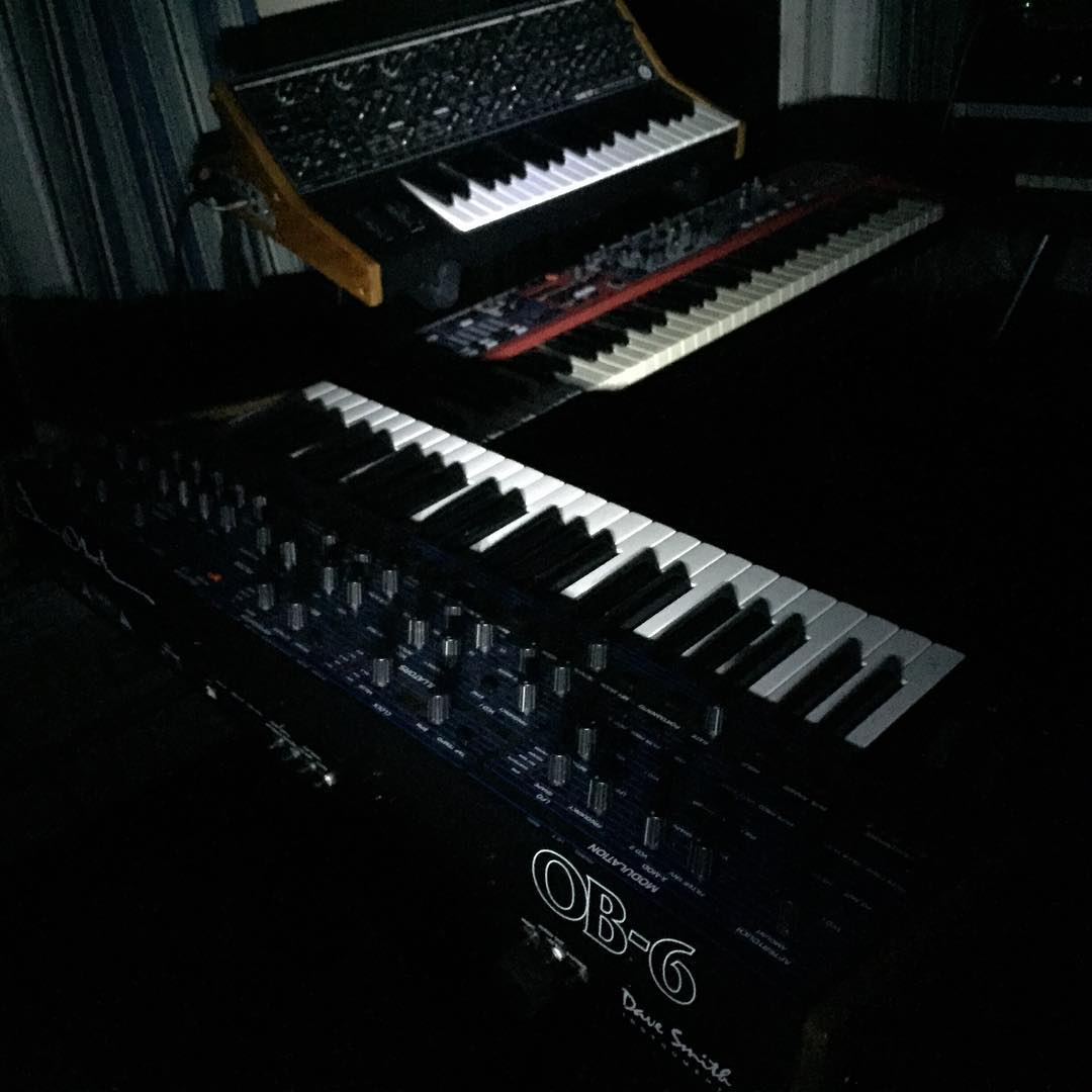 Synths by flashlight @dsisequential @moogmusic @nordkeyboards