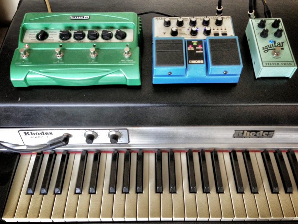 Rhodes with delay, chorus, auto-wah
